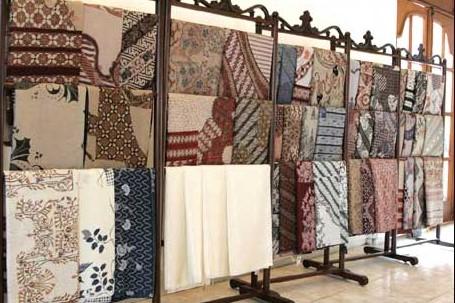 batik-semar-solo-wisata-fashion-bernilai-sejarah-tinggi