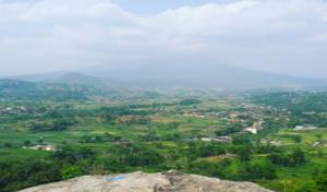 surga-yang-indah-di-bukit-gunung-gamping