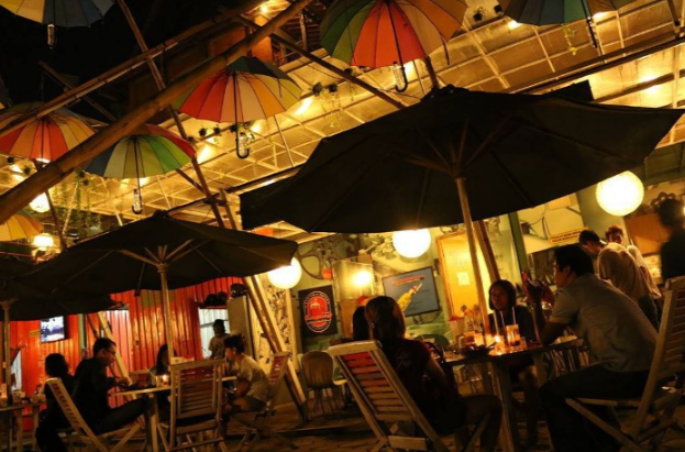 7-cafe-dan-tempat-nongkrong-paling-populer-di-solo