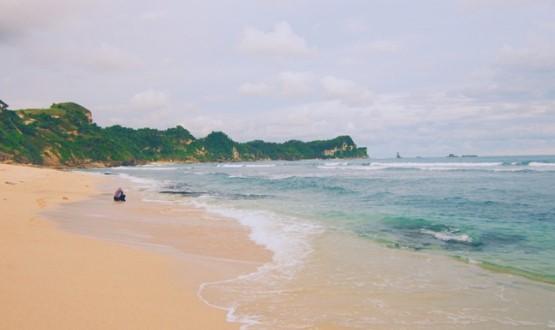 pantai-nampu-wisata-pantai-terpopuler-solo-raya